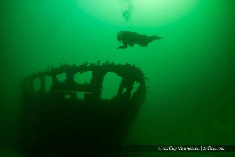 divers-121