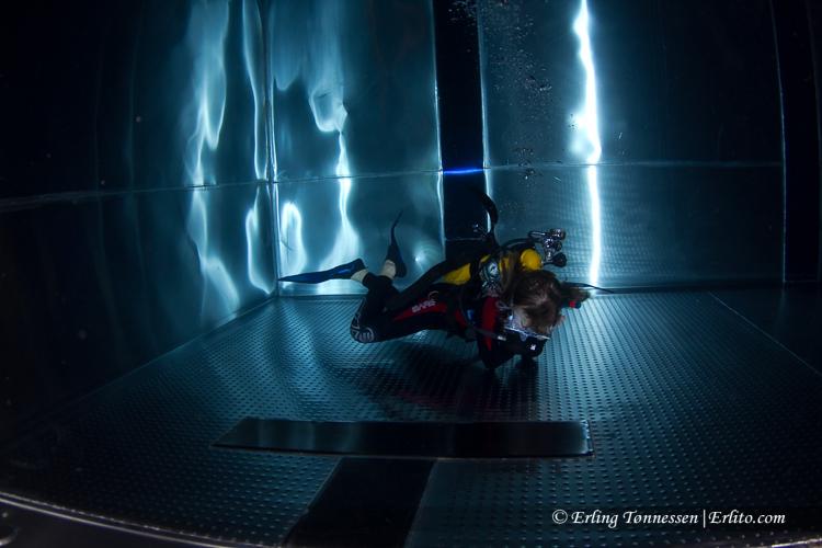 divers-163