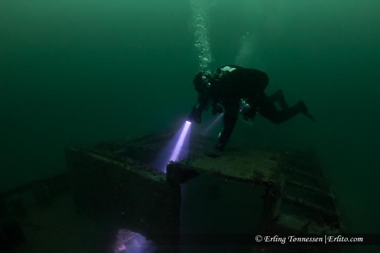 divers-173