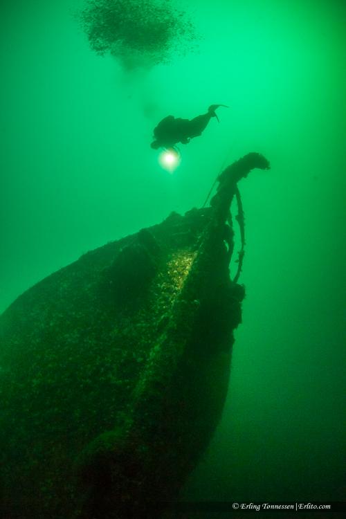 divers-274