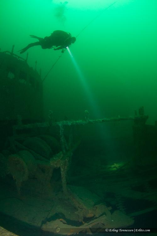 divers-277