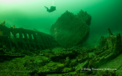 A diver looking at the Boiler on the wreck Ds Bergen outside Mandal