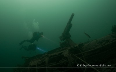 Two divers at NK02 Dragoner
